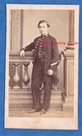 Photo CDV Vers 1865 1870 - PARIS - Beau Portrait D'un Lycéen , Garçon écolier - Photographe Thiersault Mode Pose - Photos