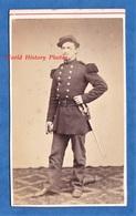 Photo Ancienne CDV Vers 1870 - Portrait D'un Militaire Du 15e Régiment - Albert MANSUY Photographe De La Ville De PARIS - Photos