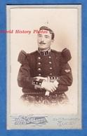 Photo CDV Vers 1900 - TOUL - Portrait Militaire Du 1er Régiment De Génie - Voir Uniforme - Photographe Scherrer - Photos