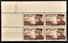 FRANCE 1940 - BLOC DE 4 TP / Y.T. N° 454 - NEUF** COIN DE FEUILLE - France