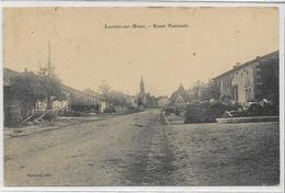 55 LACROIX-SUR-MEUSE . La Route Nationale , édit : Harmand , écrite En 1906 , état Extra - France
