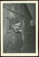 WW II Foto 9,5 X 6,5 Cm : Soldat In Uniform - Guerre, Militaire