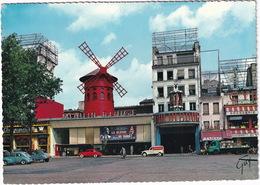 Paris: RENAULT 4CV, CITROËN 2CV, AZU, RENAULT DAUPHINE, GOELETTE PLATEAU - Le Moulin Rouge - Place Blanche - Toerisme