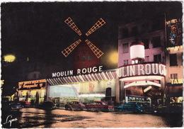 Paris La Nuit : RENAULT 4CV, SIMCA ARIANE, AUSTIN A35, OLDSMOBILE 1950's - Le Moulin Rouge - Toerisme
