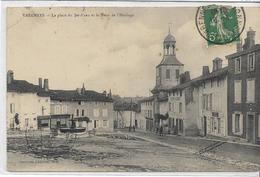 55 VARENNES . La Place Du Jet D'eau Et La Tour De L'horloge,édit : J Bienaimé Reims , écrite En 1913 , état Coin Arrondi - France