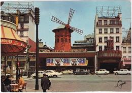 Paris: RENAULT DAUPHINE, CHEVROLET IMPALA '65, ALFA ROMEO GIULIA, FIAT 1100, PEUGEOT 404 - Le Moulin Rouge - Montmartre - Toerisme