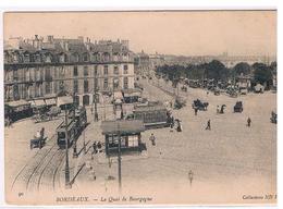 CPA BORDEAUX Le Quai Bourgogne Animee - Bordeaux