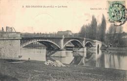 91 3 RIS ORANGIS Le Pont - Ris Orangis