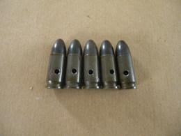 5 Cartouches 9 Mm Parabellum Allemand Datées 42 - Equipment