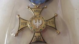 Virtuti Militari Silver Cross - Medals