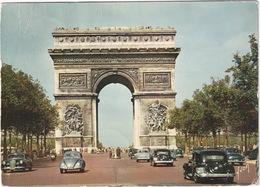 Paris: CITROËN TRACTION AVANT, VW 1200 KÄFER/COX, MERCEDES 180 - L'Arc De Triomphe De L'Étoile - (1960) - Toerisme
