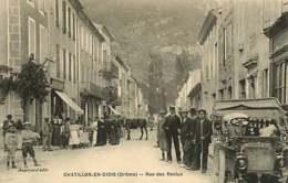 180119 - 26 CHATILLON EN DIOIS Rue Des Reclus - Auto Animé - Châtillon-en-Diois