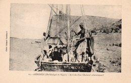 91Md   Senegal Niger Ambidédi Arrivée Du Chaland Administratif - Sénégal