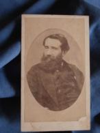 Photo CDV Anonyme  - Portrait En Médaillon Homme Barbu Circa 1870 L419 - Photos