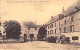 58 - MOULINS ENGILBERT : HOTEL De VILLE Et ECOLE Des GARCONS - CPA - Nièvre - Moulin Engilbert