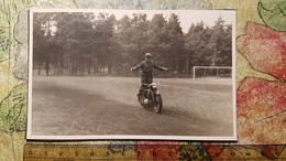 Old USSR Photo -   Riding Moto - MOTORBIKE - 1950s Photo - Motos