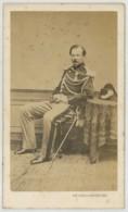 CDV Militaire 1860-70 Eugène Vaudin Peintre Et Photographe De Paris à Auxerre . Gendarme . - Photos