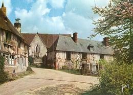 14. CPM. Calvados. En Vallée D'Auge. Pierrefitte-en-Auge. Groupe De Maisons Normandes. - France