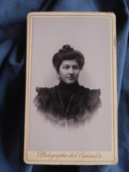 Photo CDV De L'Esplanade à Montpellier  Portrait Jeune Femme Brune  CA 1895 - L417 - Fotos