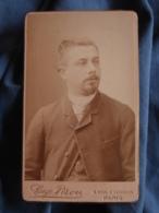 Photo CDV  Pirou Bd St Germain Paris  Portrait Homme  Cheveux Coupés En Brosse  CA 1890 - L417 - Photos