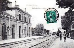 Le Breuil-sur-Couze - Canton De Brassac-les-Mines - Le Train P.L.M. Entre En Gare - Très Beau Plan Animé - France