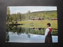 CPM NORVEGE - LILLEHAMMER - Musée Maihaugen - Ferme De Montagne - Timbre écureuil - Norvège