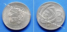CZECHOSLOVAKIA CESKOSLOVENSKA 3 Koruny 1965 - BRANCH OF FIVE LINDEN LEAVES And CZECH LION WITH SOCIALIST SHIELD - Tchécoslovaquie