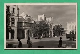 Afrique Djibouti Place Menelik Carte Photo Voyagée En 1951 ( Format 9cm 14cm ) - Djibouti