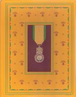 MEDAILLE MILITAIRE CENTENAIRE 1852 1952 CARREFOURS DU HAUT MERITE PAR J. VERTEX - Médailles & Décorations