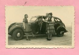 PHOTOGRAPHIE - PHOTO - MALO LES BAINS Près DUNKERQUE - PEUGEOT 402 / CARNAVAL ( 1948 ) - Automobiles