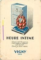 - Ref CH353- Parfumerie -carte Parfumée -9,5cms X 6,5cms -heure Intime -vigny Paris -/ Etat : Leger Pli Coin Bas Gauche - Perfume Cards