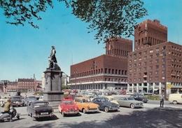Oslo - City Hall , Old Cars 1966 - Norvège