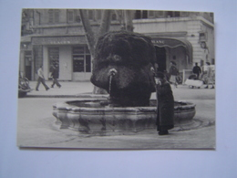 PHOTOGRAPHIE Ancienne : FONTAINE COUR MIRABEAU / PATISSERIE / MAGASIN CHEVAL BLANC / AIX EN PROVENCE - Lieux