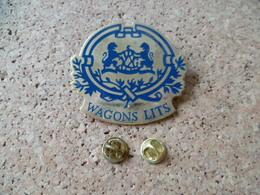 PIN'S     WAGONS LITS - Pin's