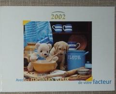 Petit Calendrier Poche 2002 Lavigne PTT Facteur Ours En Peluche Chien Chiot - Calendars