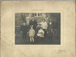 ( BRETAGNE)(22 COTES DU NORD)( FEMME EN COIFFE ) ( FOLKLORE ) ( FAMILLE )( PONTRIEUX )( PHOTO LEBRETON ) - Lieux