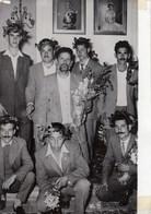 PHOTO ORIGINALE ( 13X18) Retour De 9 Patriotes De Chypre Dont 6 Avaient été Condamnés A Mort Par Les Britanniques - Personnes Identifiées
