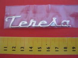 ADESIVO - TERESA - NOME NAME METALLIZZATO ORO GOLD RILIEVO VINTAGE 1970 ADHESIVE ETIQUETA ADHESIF - Adesivi