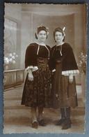CPA 56 GUEMENE - RARE -  Carte Photo, Deux Femmes - J Le Lamer Photographe - Réf. P 148 - Guemene Sur Scorff