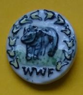 Fève - Animaux - WWF 1986 Gravé Au Dos - Rhinocéros - Animaux