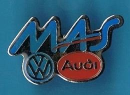PIN'S //  ** LOGO // VOLKSWAGEN / AUDI / VAG AUTOMOBILE / MAS ** - Volkswagen