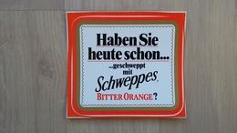 Aufkleber Mit Getränke-Werbung (SCHWEPPES) Aus Den 1980ern - Aufkleber