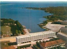 Cpsm -    Hourtin Contaut -  Le  C F M , La Caserne Jean Bart ,la Darse Et Le Lac       Q132 - Other Municipalities