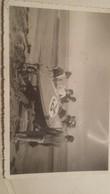 Ancienne Photo D'un Ancien Bateau De Course Sur Mer Inspirè Des Voitures De Courses - Bateaux