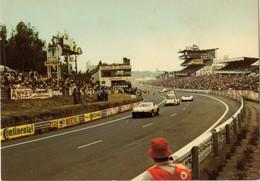 72 . LE MANS . CIRCUIT DES 24 HEURES . Le Circuit Et Les Tribunes - ARTAUD 9 (E/5709) - Le Mans
