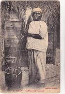 SENEGAL  DAKAR  - Pileuse De Couscous  Collection Gautron - CPA  N/B  9x14  BE - Sénégal