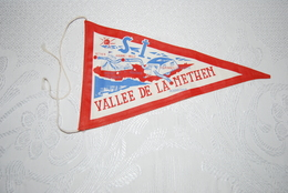 BEAUVECHAIN - NETHEN. VALLEE DE LA NETHEN. ANCIEN FANION - Bevekom
