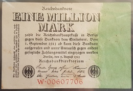 EBN6 - Germany 1923 Banknote 1 Million Mark Pick 101 #W.00607706 - [ 3] 1918-1933 : Weimar Republic