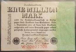 EBN6 - Germany 1923 Banknote 1 Million Mark Pick 101 #W.00607706 - [ 3] 1918-1933: Weimarrepubliek
