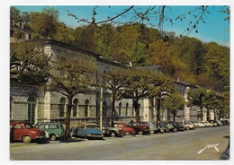 BAGNERES DE BIGORRE - N° 3568 - L' ETABLISSEMENT THERMAL AVEC CITROEN DS 2CV FIAT 500 ... - CPSM GF VOYAGEE - Bagneres De Bigorre